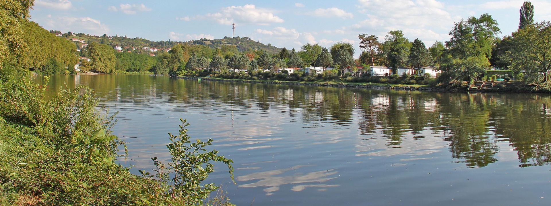 Camping Beau Rivage (Allier)