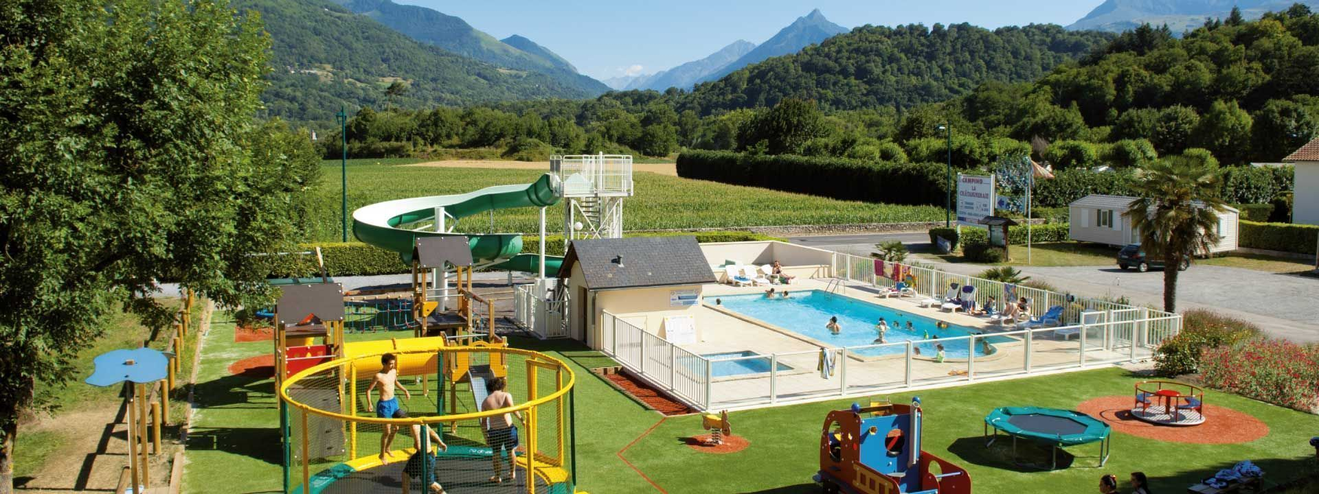 Camping hautes pyrenees piscine camping 2 toiles d 39 for Camping pyrenees atlantique avec piscine