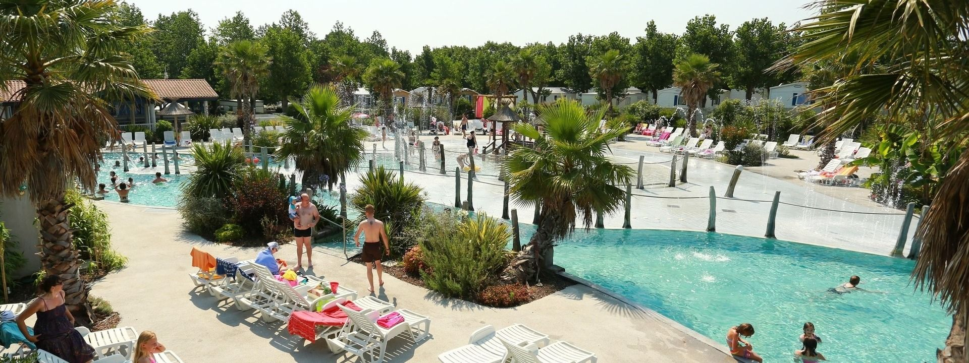 Camping pyr n es atlantiques camping oyam 4 camping for Camping avec piscine pays basque