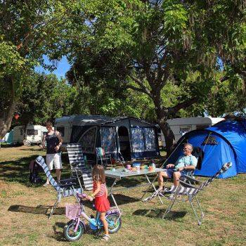 Camping de Maillac **** : Emplacements