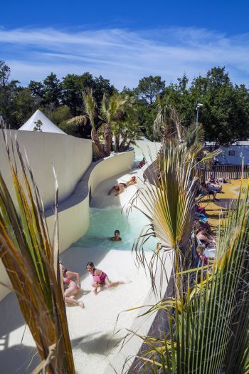 Camping Domaine de la Rive ***** : Bathing/Well-being