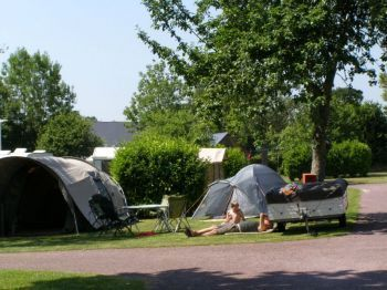 Camping Etang des Haizes **** : Pitches