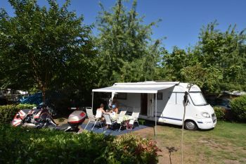 Camping Les Grands Pins ***** : Emplacements