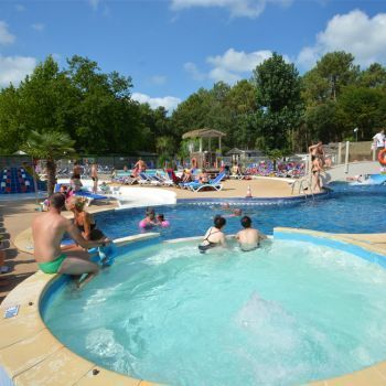 Camping Lou Pignada ***** : Bathing/Well-being