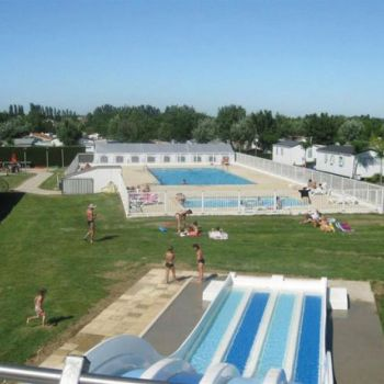 Camping Soleil Levant  **** : Baden / Wellness