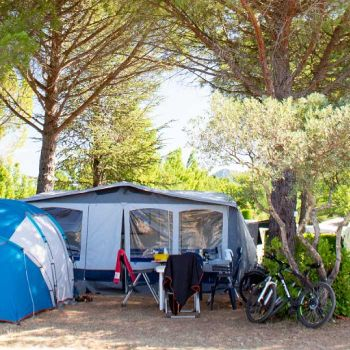 International Camping **** : Emplacements